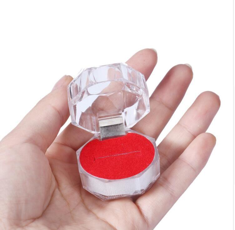 Erstaunliche Acryl Ring Box für Schmuck Verpackung Display Transparent Tragetaschen für Ring Geschenk Heißer Verkauf