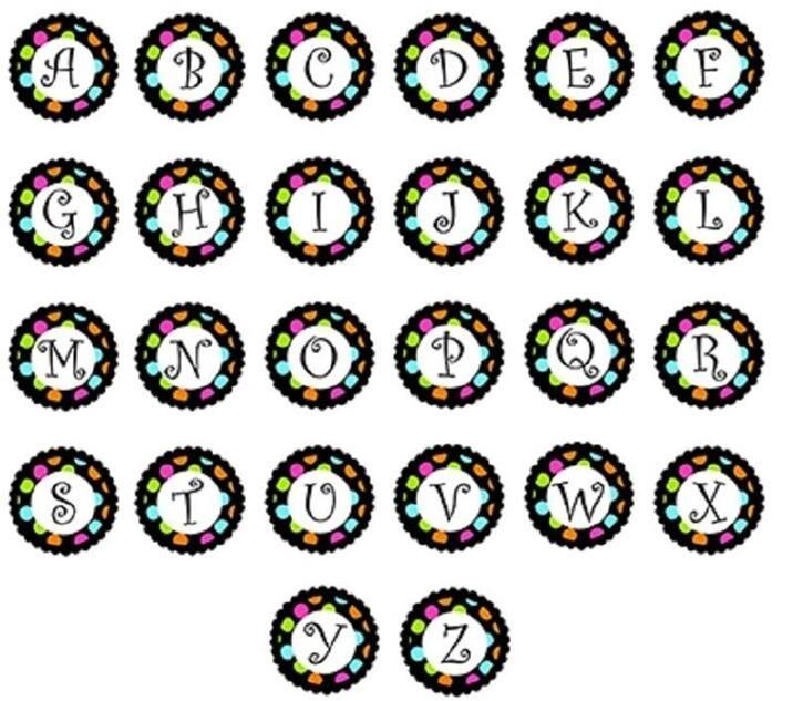4 اساليب متباينة زجاج الأولي A-Z الأبجدية 26 حرفا الطقات 18MM زجاج التقط زر السحر ملائمة للDIY زر المفاجئة سوار قلادة