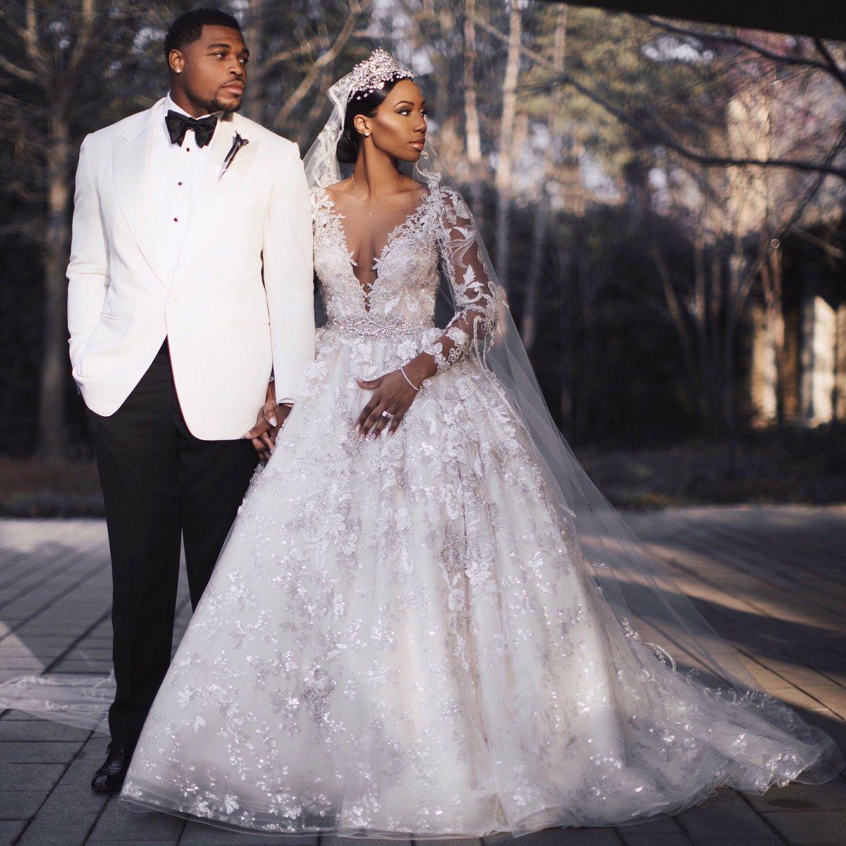 Vintage Luxus Afrika Spitze Applique Eine Linie Brautkleider 2021 Lange Ärmel Peer Hals Perlen Perlen Bridal Gowns Custom Made Plus Size