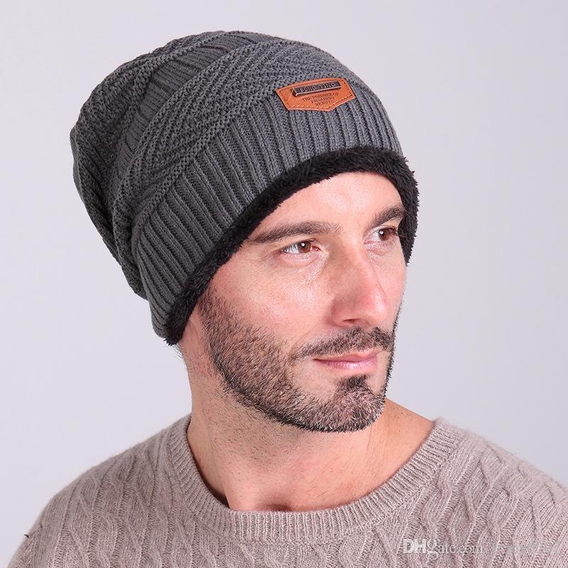 2017 Bonnets D'hiver Chapeau Pour Hommes Chaud Plus Cachemire Chapeau De Mode À Tricoter Chaud Cap Chaud Chapeau De Laine De Loisirs De Mode Chapeaux D'hiver