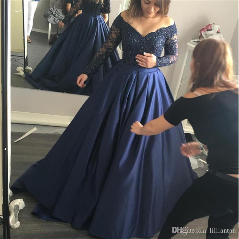 Bleu marine foncé dentelle manches longues robes de bal Une ligne longue robe de soirée col v formelle caftan arabe Occasion robe robe de soirée de Dubaï