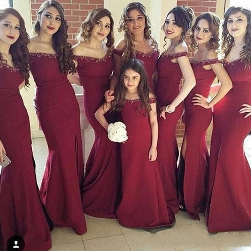 Compre Burdeos Vino Rojo Dividido Por Encargo Largo 2017 Sirena Vestidos De Dama De Honor Sin Hombros Hombro Cremallera Collar Moldeado Vestido De
