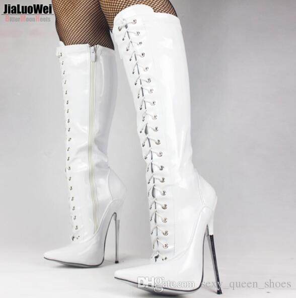 """7"""" / 18cm Yüksek Metal topuk Kadınlar Diz yüksek Boots Sivri Burun Dantel-up Patent Deri ince topuk Seksi Fetiş Egzotik Boot Kırmızı Cosplay Ayakkabı"""