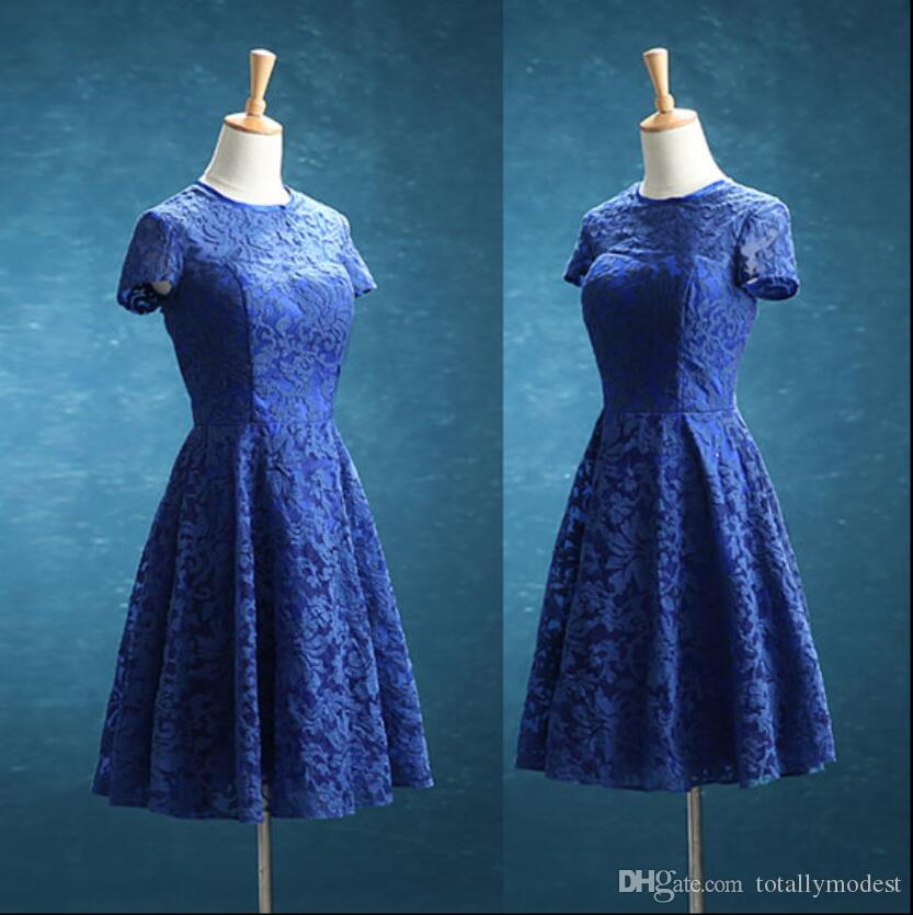 Vestiti da damigella d'onore del pizzo blu reale con maniche a cappuccio A-line lunghezza del ginocchio vintage boho matrimonio damigella d'onore abiti personalizzati