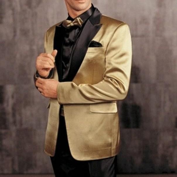 Por encargo Novios Esmoquin Mejor hombre Pico Negro Satén Solapa Padrinos de boda Mejor hombre Recién llegado Trajes de boda (chaqueta + pantalón + pajarita + faja) J318