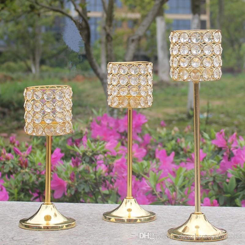 Kostenloser Versand Metall Golden Finish Kerzenhalter mit Kristallen Hochzeit Kandelaber Herzstück 1 Satz = 3 Stück Kerzenhalter