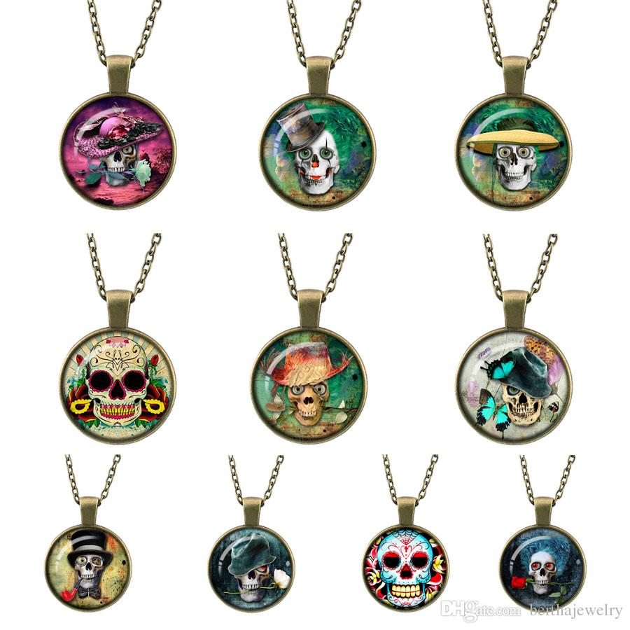 2017 new long sweater chain retro charm fashion skull candy candy jewelry Bronze Necklace Pendant friends best gifts