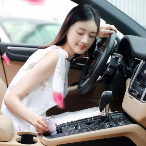 Diffuseur ultrasonique portatif d'aromathérapie de voiture d'aromathérapie d'USH de diffuseur d'air d'huile de diffuseur de voiture pour le bureau