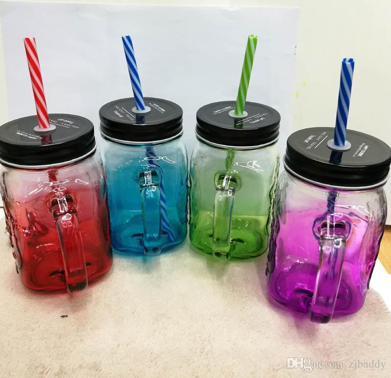 ストローアイスクリームフルーツの黄色い瓶の瓶ガラスカップのヤスコンの瓶の瓶のガラスカップは、冷たい飲み物ガラスの水の瓶イースターの贈り物