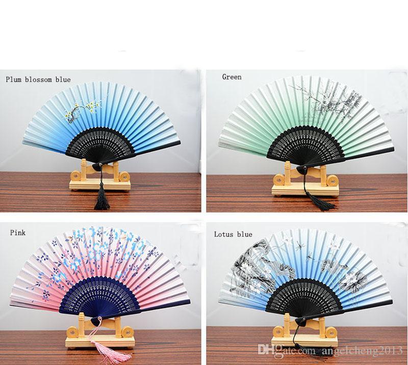 8.27女性の手持ち箱の竹の折りたたみファンが贈り物中国/和風蝶の朝の栄光の花パッツ