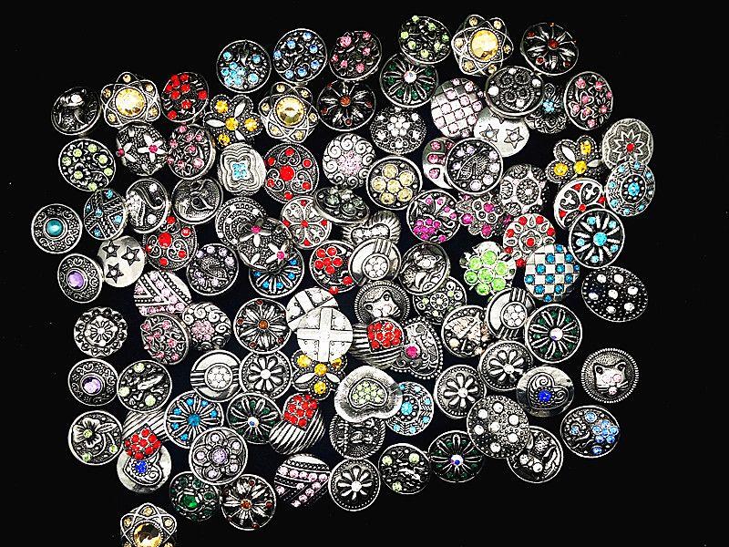 gli stili all'ingrosso della miscela 25pcs argento antico dello zenzero 18mm scatta i monili di marca dei monili di fascini del Rhinestone del Rhinestone nuovi disegni