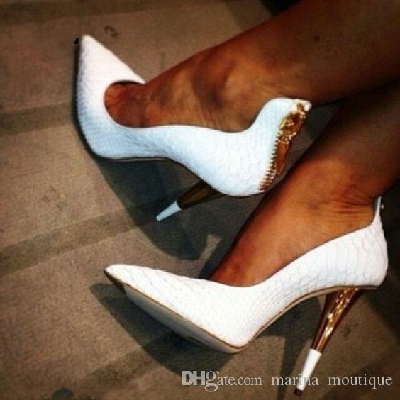 الأبيض تنقش الجلود أشار تو المرأة مضخات الذهب سستة عالية الكعب أحذية امرأة سبايك الكعوب أحذية الزفاف zapatos موهير
