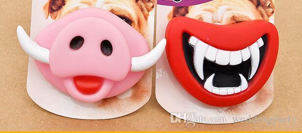 100 pcs pacote de varejo Novo Durável Seguro Squeak Engraçado Brinquedos Do Cão Devil's Lip Som Cão Jogando / Chewing Filhote De Cachorro Fazer O Seu Cão Feliz