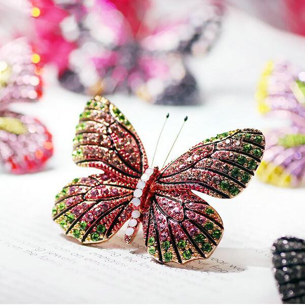 2017 De Noël Valentines Cadeaux Émail Strass Cristal Papillon Broche Broches De Mariage De Mariée Col Revers Broche Bijoux De Partie