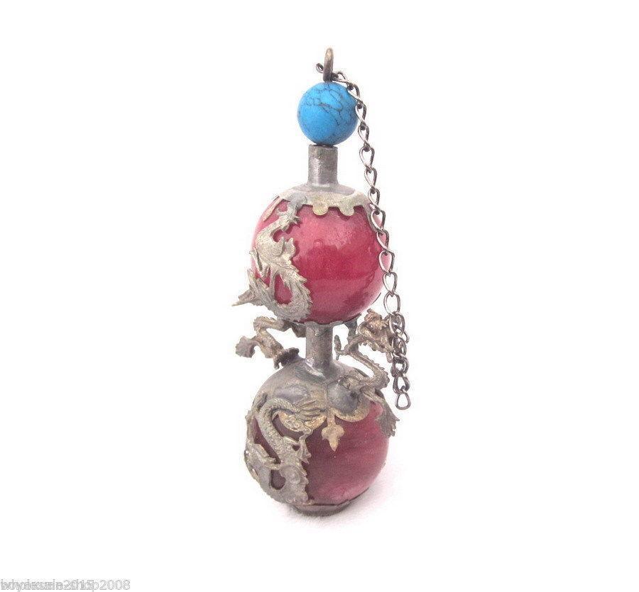 Kleine Schnupftabakflasche aus Tibet Snuff Bottle aus Metall 4,5 cm Handarbeit