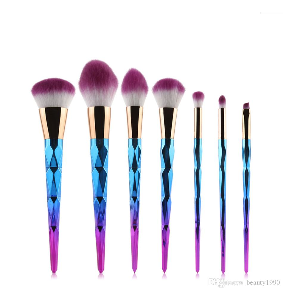 7 pçs / set Pincéis de Maquiagem Set Lábio Sombra Sobrancelha Pó Highlighter Blush Cosméticos Mistura Colorido Suave Cabelo Sintético Compõem Escovas