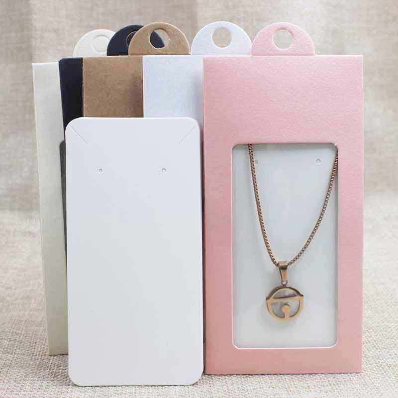 50 STÜCKE multi farbe papier schmuck paket display box fenster kleiderbügel verpackung box mit klarem pvc-fenster für halskette / ohrring