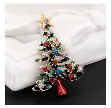 Árvore de Natal atacado- ouro chapeados projeto do broche verde Mini árvore broche encantador Mulheres Cloth Pinos Broche
