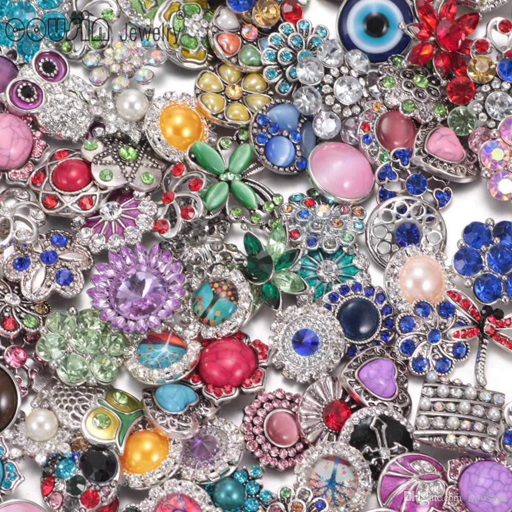 2017 Wholesale 50pcs/lot Amazing Quality Mixed Many styles 18mm Metal Snap Button Charm Rhinestone Styles Button Ginger Snaps Jewelry