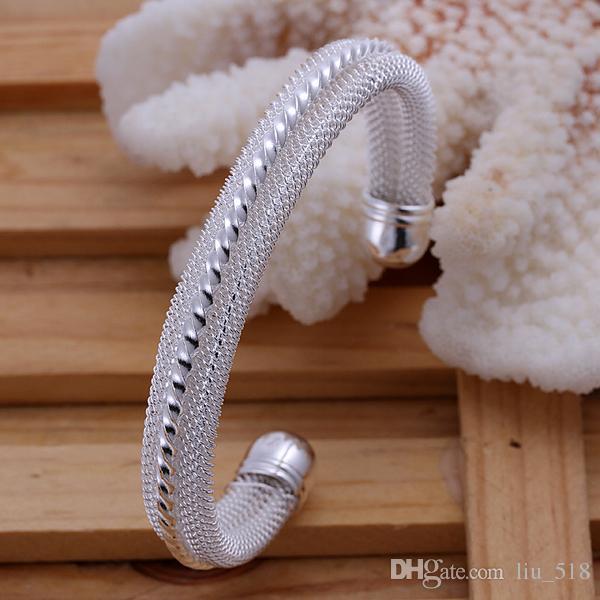 Partihandel - Snidade Kvinnors 18K Vitguld Fylld Armband Lady Bangle 60mm GF Smycken 4mm Bredd Ny