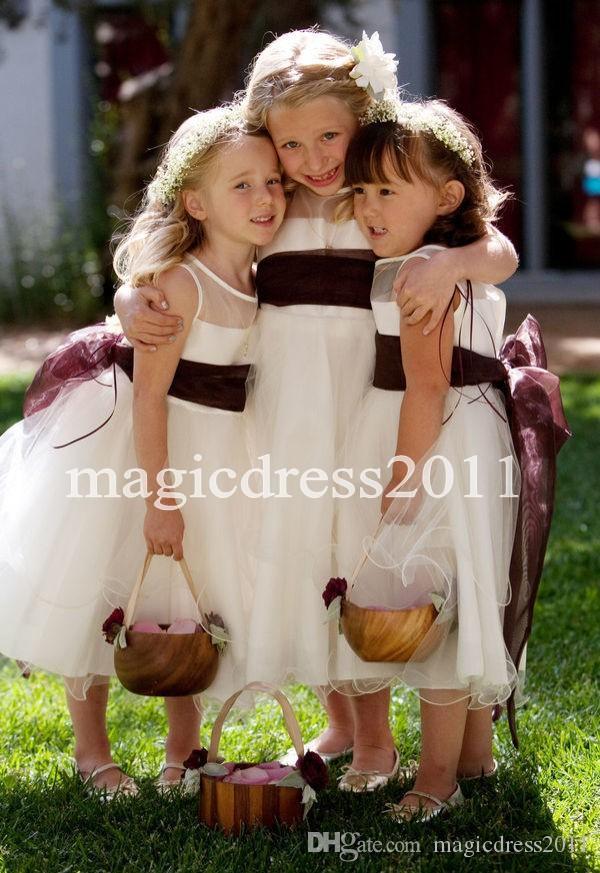 A-Line Abiti da sposa per Bohemia Beach Country Wedding con Borgogna del telaio 2020 Jewel economici ragazze Pageant Abiti per Comunione