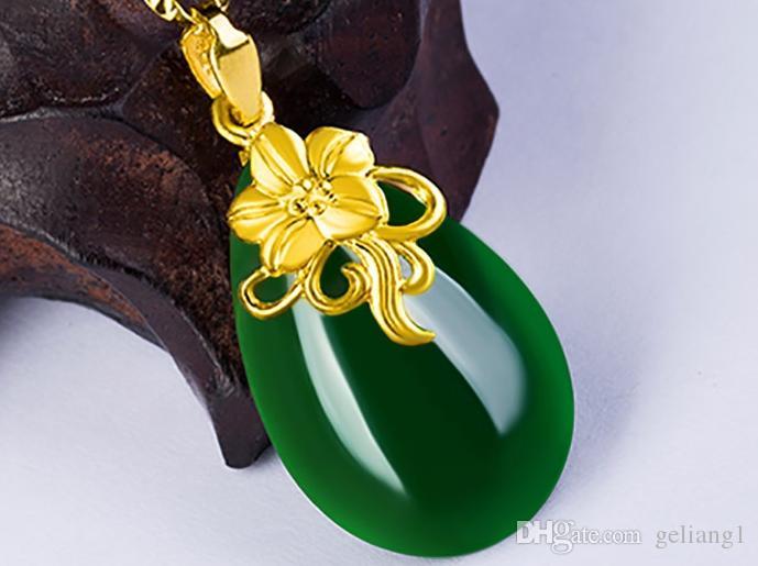 Золотой набор с зеленым нефритовым ожерельем пузырьковидные орхидеи (цветущие цветы). Кулон ожерелье.