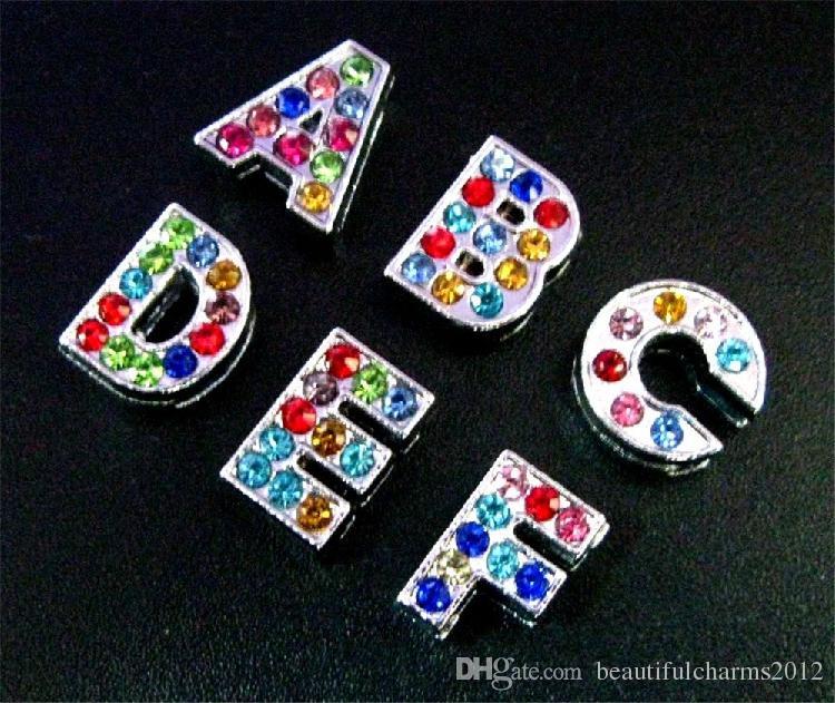 En gros 8mm 130pcs / lot A-Z couleur strass plein Glissière lettres accessoires bricolage alphabet fit pour 8mm bracelet en cuir porte-clés 0002