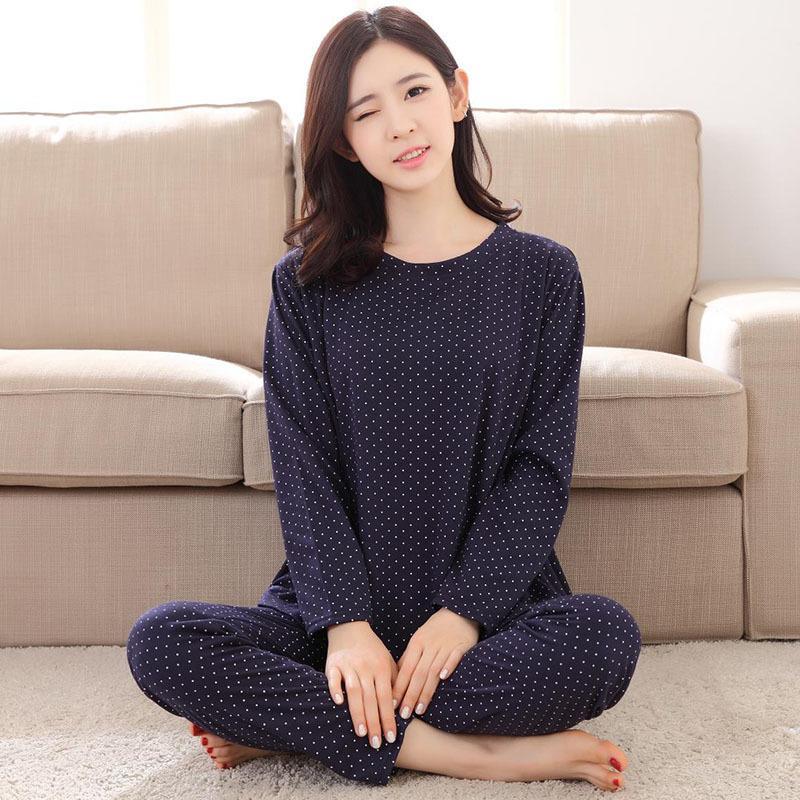Venta al por mayor- Nuevo listado 2017 mujeres de moda de ocio de algodón fino ropa de dormir de mujer Dots pijamas de manga larga de primavera pijamas mujeres