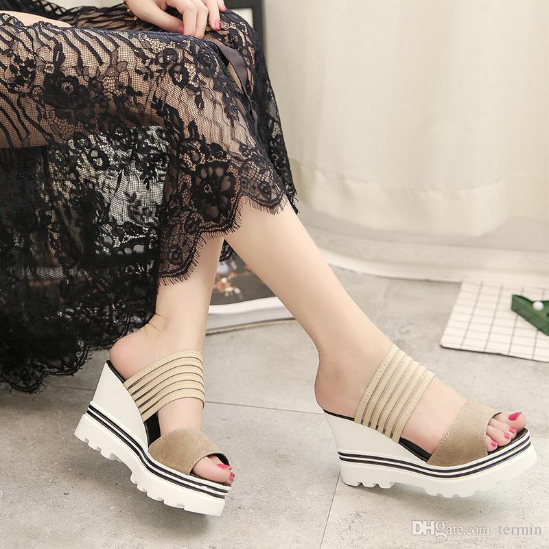 Kadınlar Sandalet Terlik 2017 Yeni Yaz Modası Muffin Sandalet Ana Ayakkabı Kama Topuklar Plaj Sandalet .LX-014