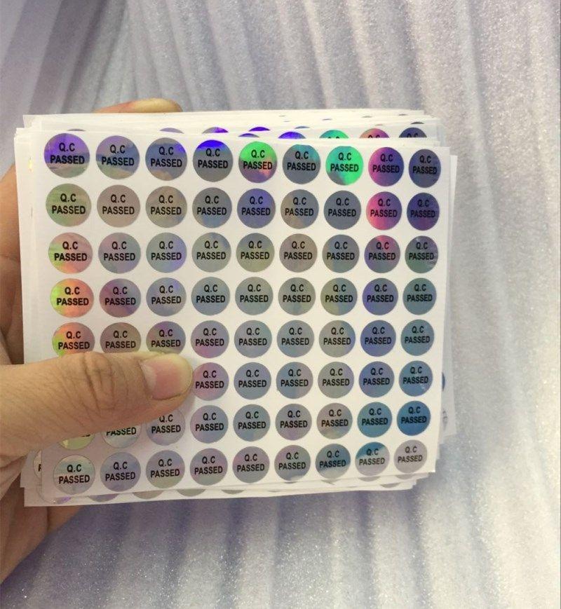 864pcs / lot 10mm hologramme anti-contrefaçon rond QC passez bouteille de bouteille hologramme autocollant auto adhésif étiquette