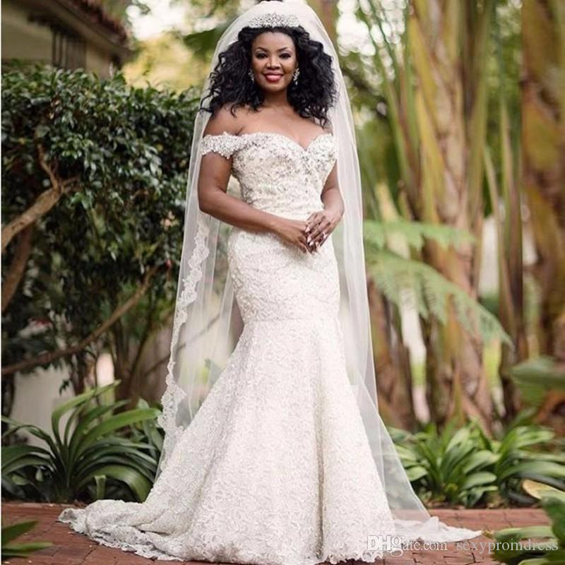 아프리카 플러스 크기 웨딩 드레스 복고풍 레이스는 어깨에서 인산 염주 신부 가운 사용자 정의 스윕 기차 웨딩 Vestidos 만든
