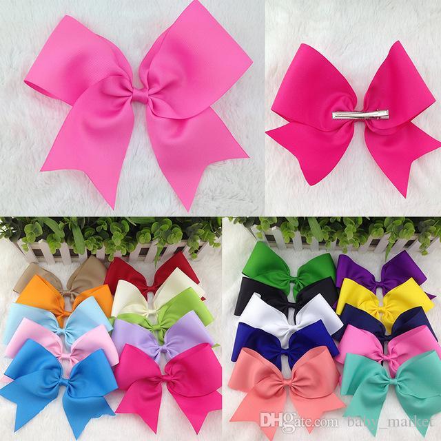 8inch Ruban Hair Boutique Bow avec pince à cheveux Alligator pour les accessoires de cheveux de bébé 196 couleurs disponibles! 10 pcs / lot