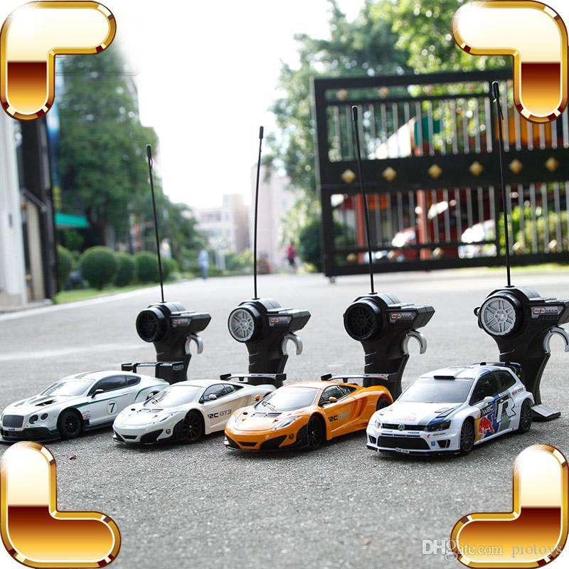 هدية العام الجديد 1:24 RC سيارات التحكم عن بعد المتسابق سرعة السيارة آلة مصغرة لعبة سيارات الانجراف أطفال الأولاد لعبة محاكاة هدية متعة في الهواء الطلق متعة