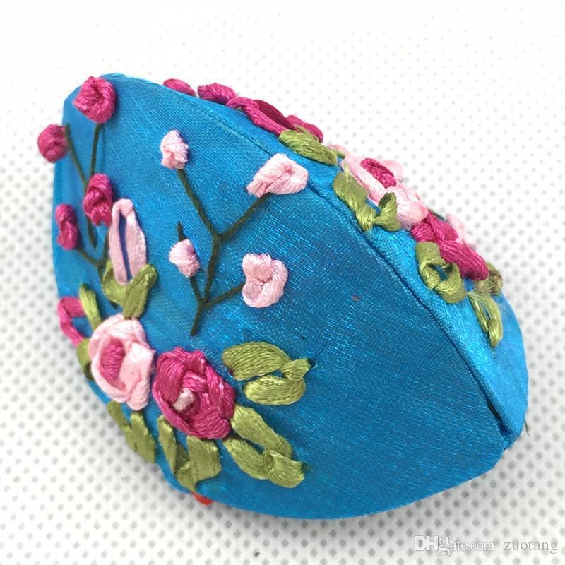 Handmade Wstążka Haft Małe Biżuteria Pudełko Pierścień Monety Przechowywanie Case Chiński Rzemiosło Etniczne Satin Cardboard Opakowanie