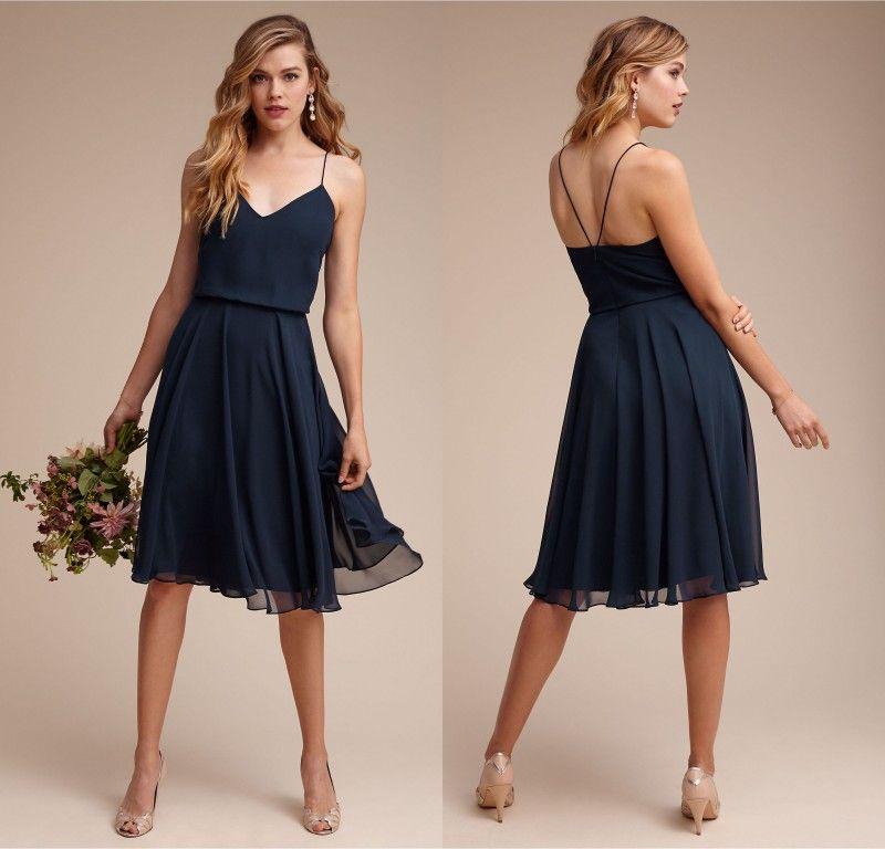 Vestidos de dama de honor de playa corta azul marino 2017 Spaghetti correas de rodilla Longitud de la rodilla Maid of Honor Vestidos Vestido de dama de honor junior barato