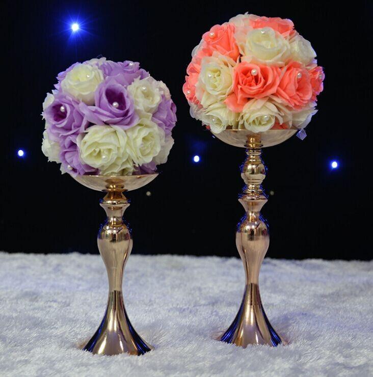 часть кристально прозрачная подставка - центральная часть свадьбы - с подсвечником лотоса и вершина с цветочным шаром