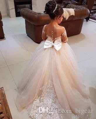 Neue kleine Blume Mädchen Kleider Sheer Long Sleeves Erstkommunion Kleid Mädchen Festzug Kleid