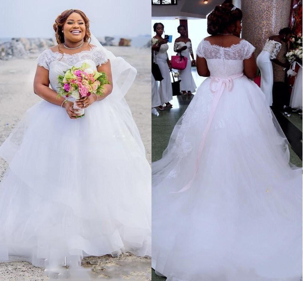 Plus Size Lace Ball Gown Wedding Dresses Long Train Appliqued Short Sleeve  Bridal Gowns Modest Country Cheap Wedding Dress Country Wedding Dresses ...