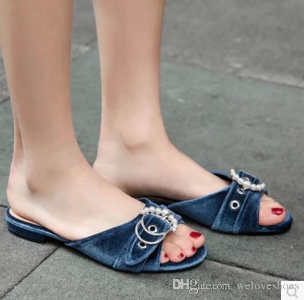 2017 donne sandali con scivolo estate scarpe da spiaggia tacco piatto signore scarpe da punta peep toe signore bianco perla sandali gladiatore fibbia scarpe