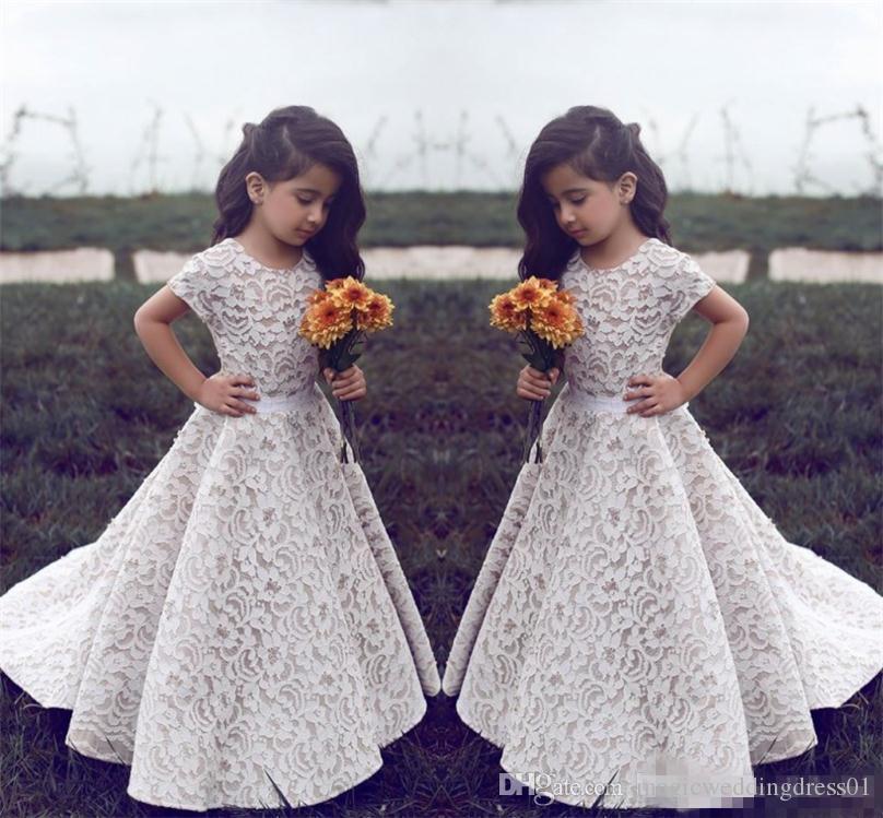 Encaje vestidos de niña de las flores para la boda Joya de la vendimia Mangas cortas Una línea Niñas Vestido del desfile Tren de los niños Cumpleaños Vestido de fiesta formal Wea