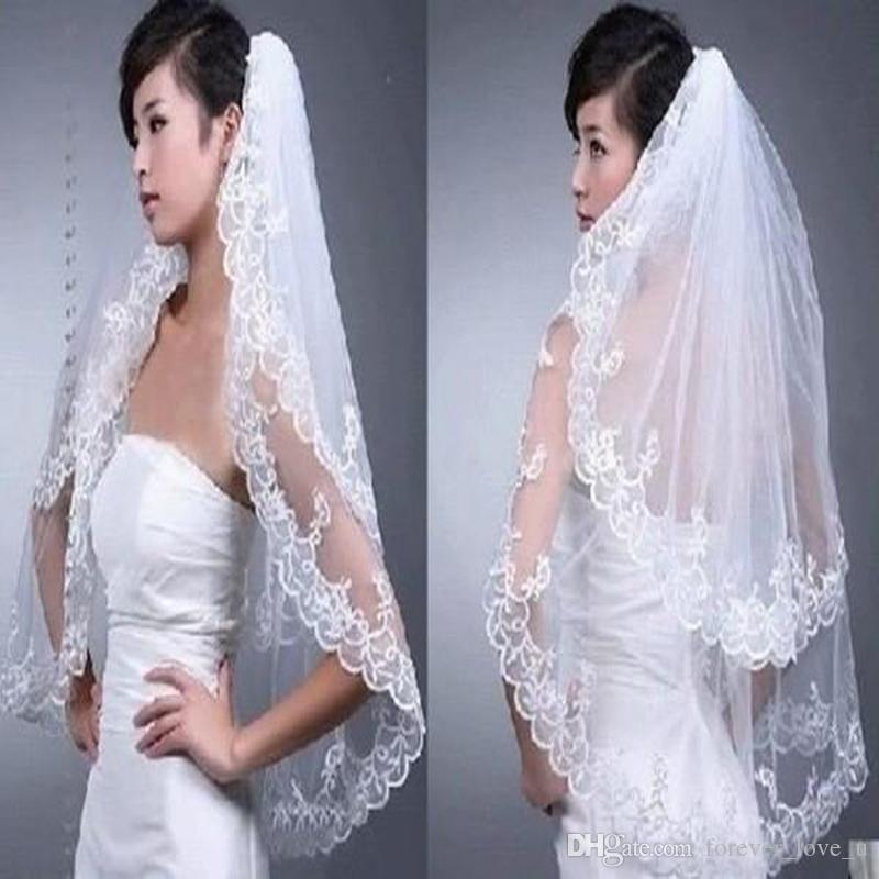 Tanie Gorąca Sprzedaż Wysokiej Jakości 2 Layer White Lace Edge Bride Wedding Bride Veil Bridal Akcesoria z grzebieniem
