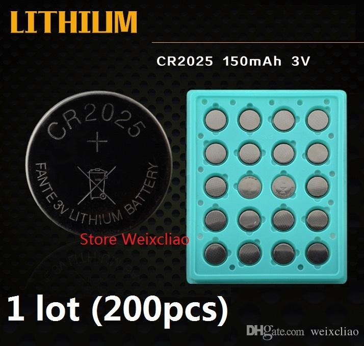 200pcs 1 CR2025 3V 리튬 이온 배터리 셀 배터리 CR 2025 3 리튬 이온 배터리 트레이 패키지 무료 배송