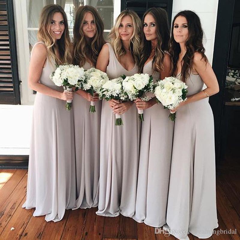 회색 긴 신부 들러리 드레스 공식적인 층 길이 겸손한 쉬폰 비치 Bridesamids 드레스 깊은 V 목 웨딩 파티 드레스