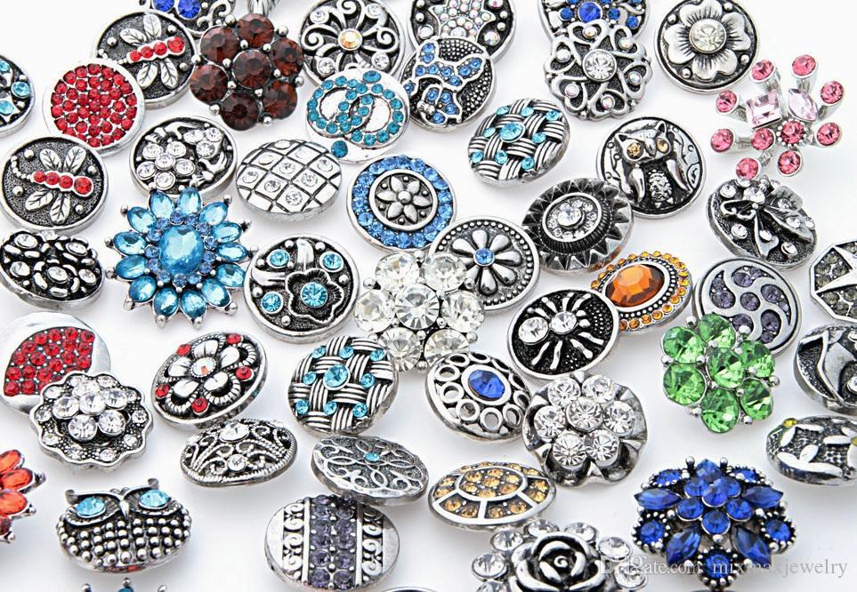Venta al por mayor caliente surtido Mix 25 unids Vintage Antique Silver Jengibre 18 mm Botones a presión Rhinestone Stone Chunk Charms DIY joyería a estrenar diseños