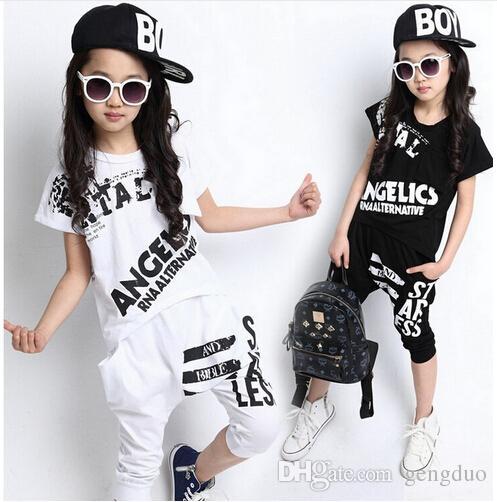 Summer Bambini Hip Hop Style Style Abbigliamento Set Ragazzi Ragazze Moda Casual 2pcs Suits T Shirt + Harem Capris Pantaloni per bambini Vestiti per bambini TwinSet