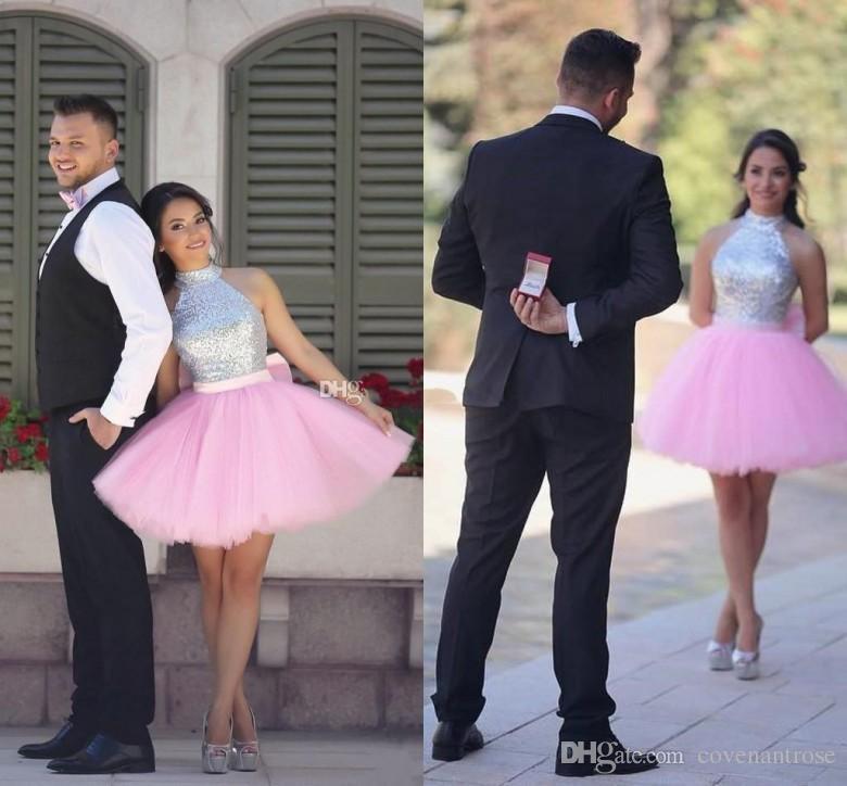 Lentejuelas brillantes Plata y rosa Vestidos de homecoming corto Cuello alto Cuello Puffy Cocktail Dress Vestido de fiesta árabe indio vestido de baile