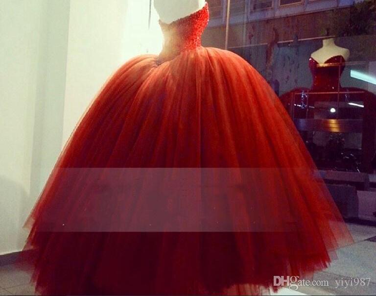 Foto vere Stunning Ball Gown Arabian Abiti da sposa Sweetheart Scollatura perline Pulffy Lungo caldo abito da sposa rosso caldo