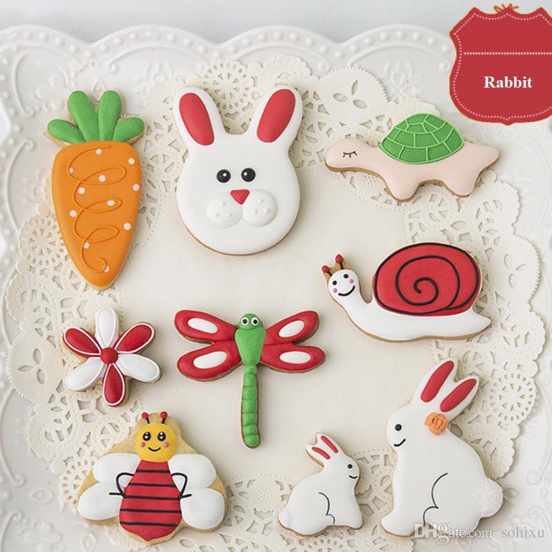 8pcs Cartoon Rabbit cortador de biscoito Kitchen Moldes Metal Cookie Cutter Art Fondant Cake Decorating Tools Biscuit Pastry Chocolate Mould