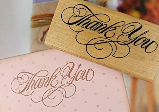 """Il grande formato di legno di ringraziamento """"di ringraziamento"""" di legno di stile 8x4cm il retro ringrazia il bollo 12pcs / lot del regalo Trasporto libero"""