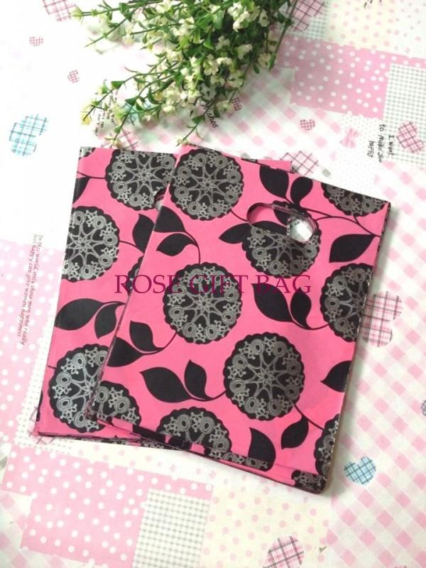 Wholesale-100pcs/lot Dandelion Pattern Pink Plastic Gift Packaging Shopping Bag 15X20CM Boutique Carrier Plastic Bags With Handle